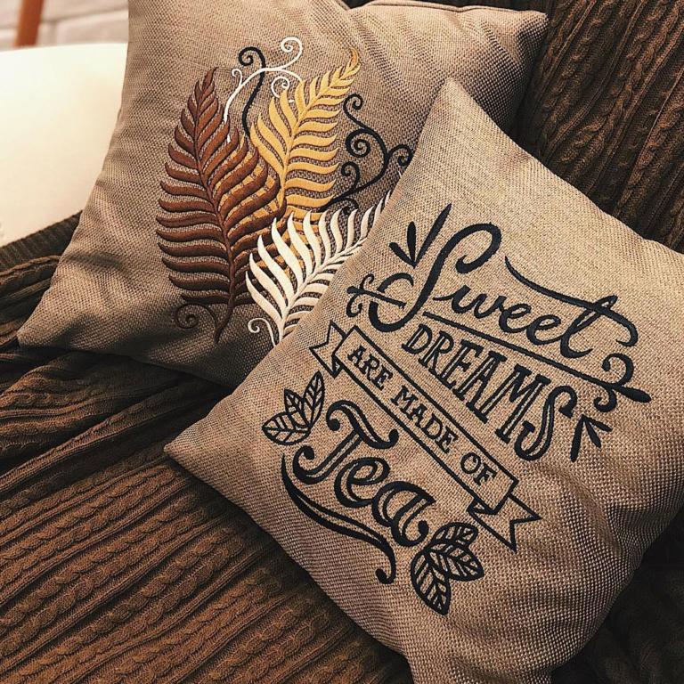 подушки-с-логотпиом-воронеж